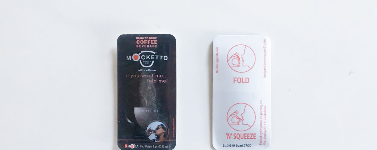Easysnap Mocketto Gel Coffe packaging one hand opening